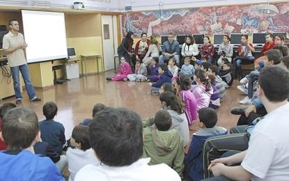 LAS CHARLAS PARA PREVENIR EL 'CIBERBULLYNG' Y SUS CONSECUENCIAS LLEGAN A MÁS DE 7.000 ESTUDIANTES
