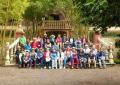 Un grupo de mayores del municipio disfrutan de la naturaleza con una convivencia en Osorio