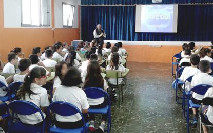 Unos 70 alumnos del CEIP Dr. Juan Espino Sánchez  (Ingenio) celebran el Día Mundial del Medio Ambiente