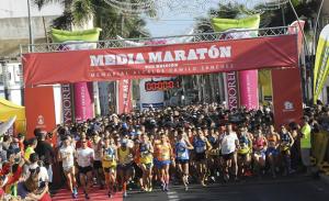 Salida VIII Media Maratón Camilo 2014