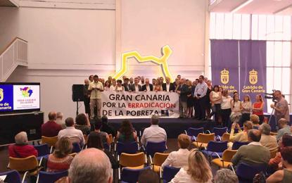 """AGÜIMES PARTICIPÓ EN EL ACTO DE CONCENTRACIÓN Y FIRMA DEL """"MANIFIESTO POR LA ERRADICACIÓN DE LA POBREZA"""""""