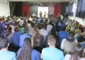 Cerca de 200 estudiantes del IES Doctoral alzan su voz por la erradicación de la pobreza mundial