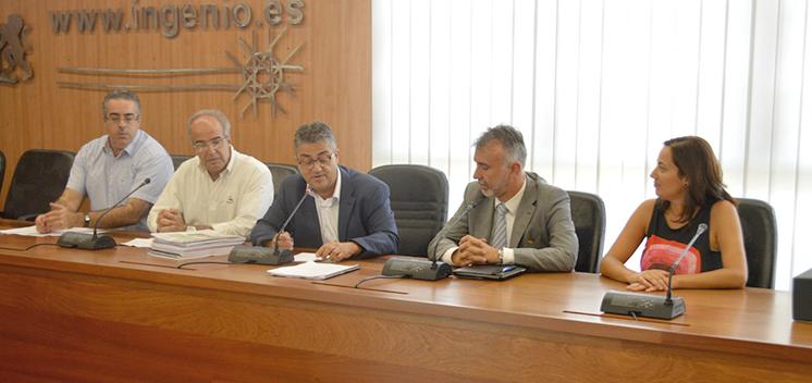 vicepresidenteÁngel Víctor Torres2